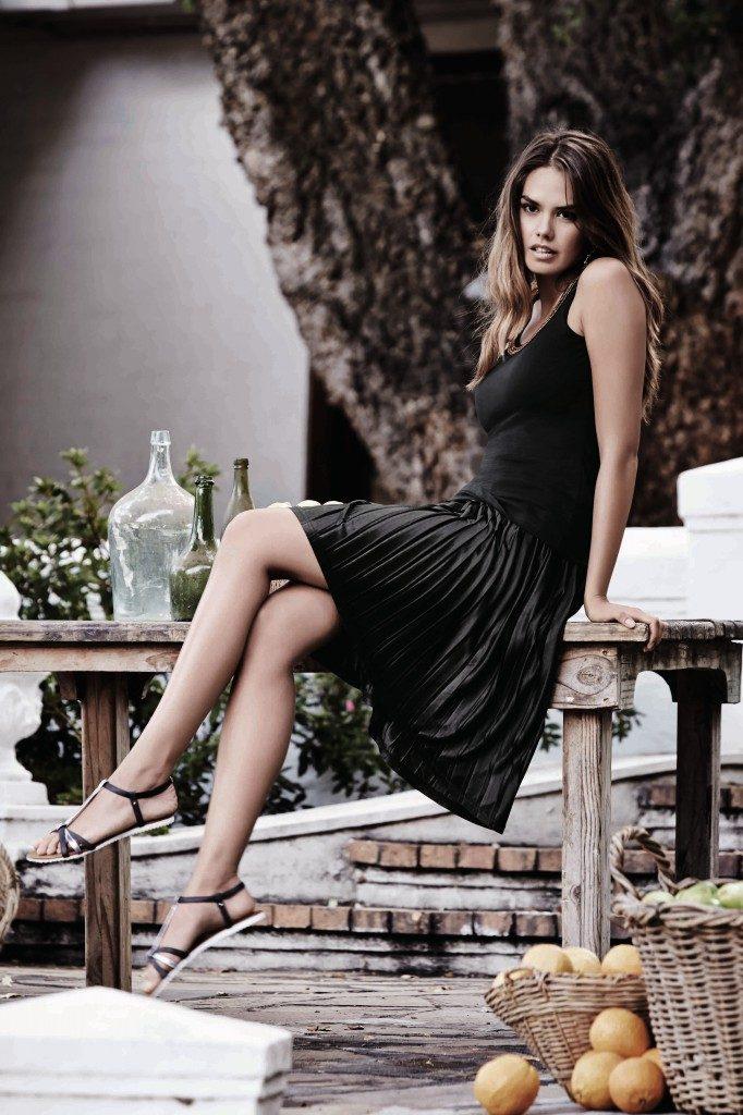 IMG 2 Embellished-tank-black-skirt-682x1024