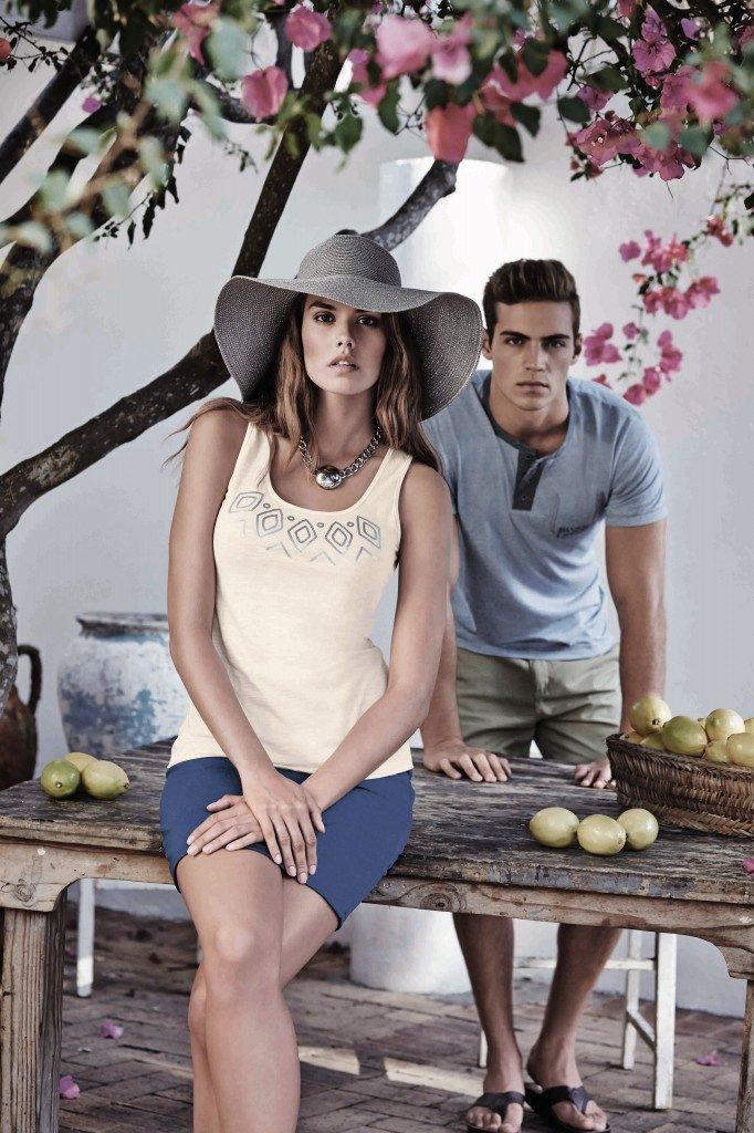 IMG 4 Aztec-print-tank-blue-skirt-€9.99-682x1024