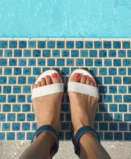 Tuesday Shoesday: Poolside Chic