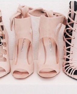 Tuesday Shoesday: Think Pink!