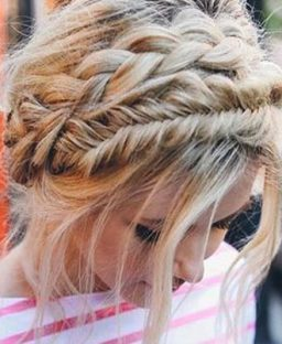 15 Dreamy Undone Updo Hairstyles For Any Special Occasion
