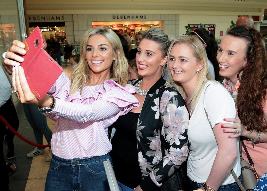Pippa O Connor's meets fans at the opening of her POCO by Pippa Pop Up Shop at Mahon Point Shopping Centre Cork Pic Brian McEvoy No Repro Fee for one use