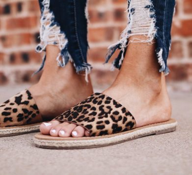 Tuesday Shoesday: Chic Sandals All Under €30