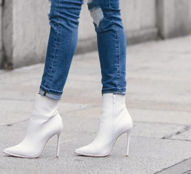 Tuesday Shoesday: The White Boot Trend Is Still Going Strong