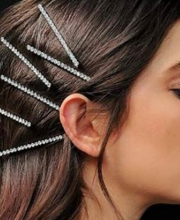 Everyone's Wearing 90s-Style Hair Clips & We Kind Of Love It